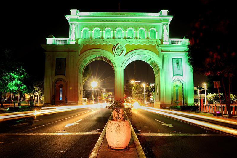 México se ilumina de verde con el Día de San Patricio