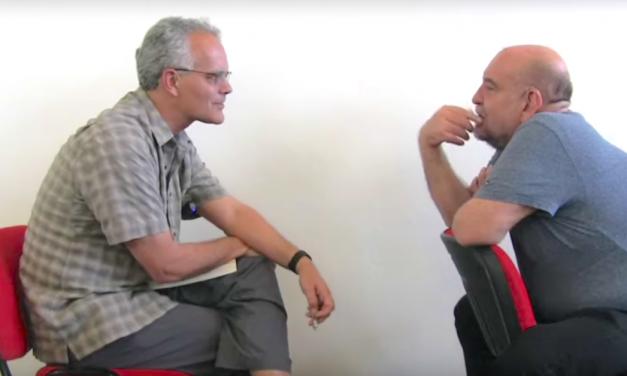 José Luis Trueba y John Lear conversan sobre el proletariado