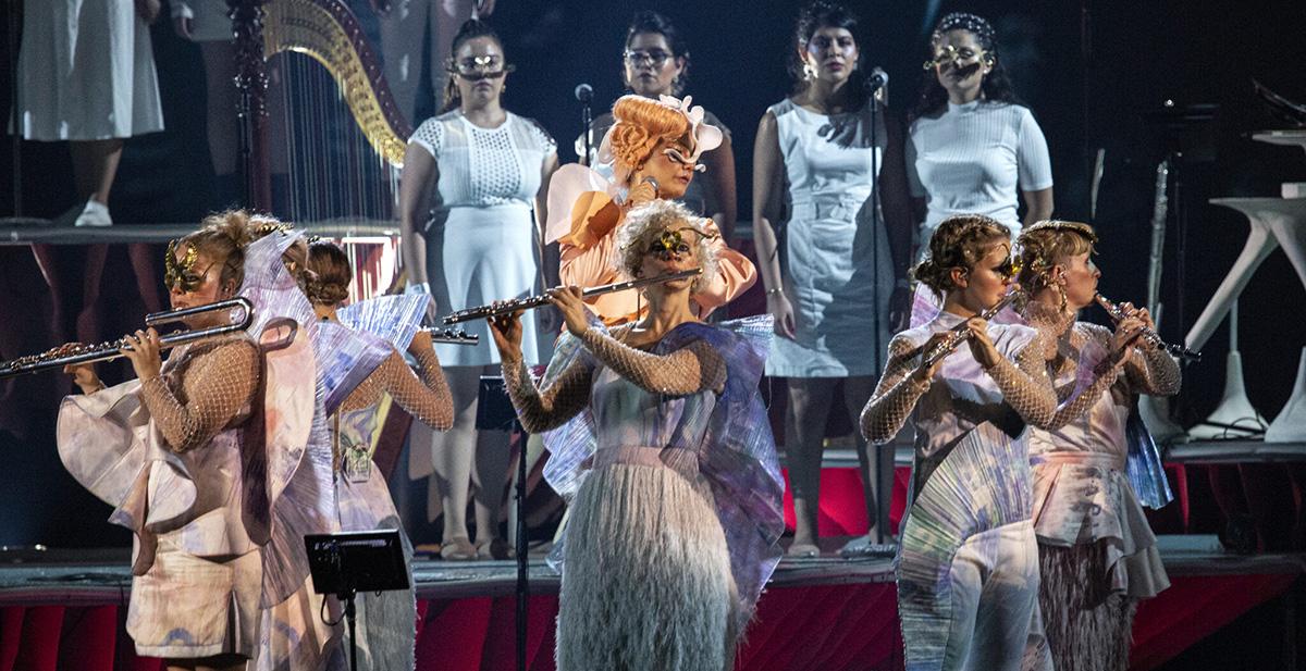 """""""Cornucopia"""" de Björk: Una nueva utopía en el futuro y un llamado hacia la conciencia"""
