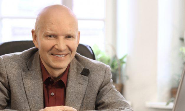 """""""Podemos construir puentes entre la espiritualidad y la ciencia"""": Dr. Konstantin Korotkov"""