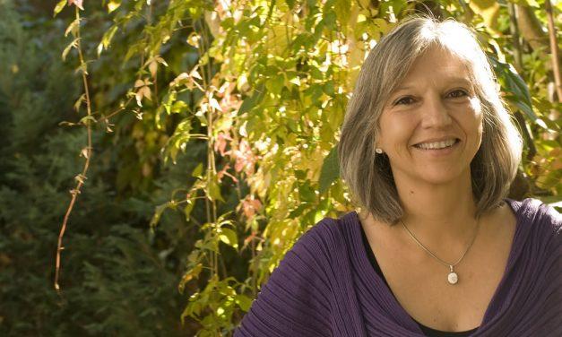 Selma Ancira es reconocida con el Premio Hispanoamericano de Traducción Literaria