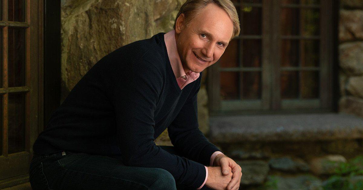 Dan Brown debutará en la literatura infantil