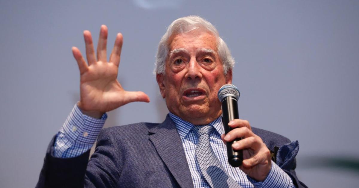 China censura obra de Vargas Llosa tras críticas