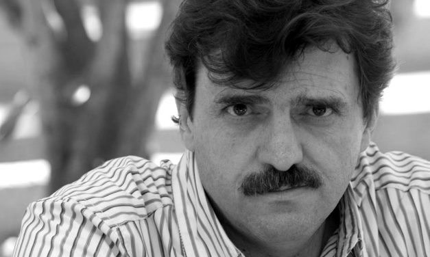 Enrique Serna gana el premio Xavier Villaurrutia