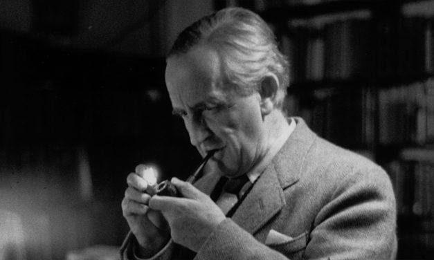 Tolkien: Señor de la Tierra Media