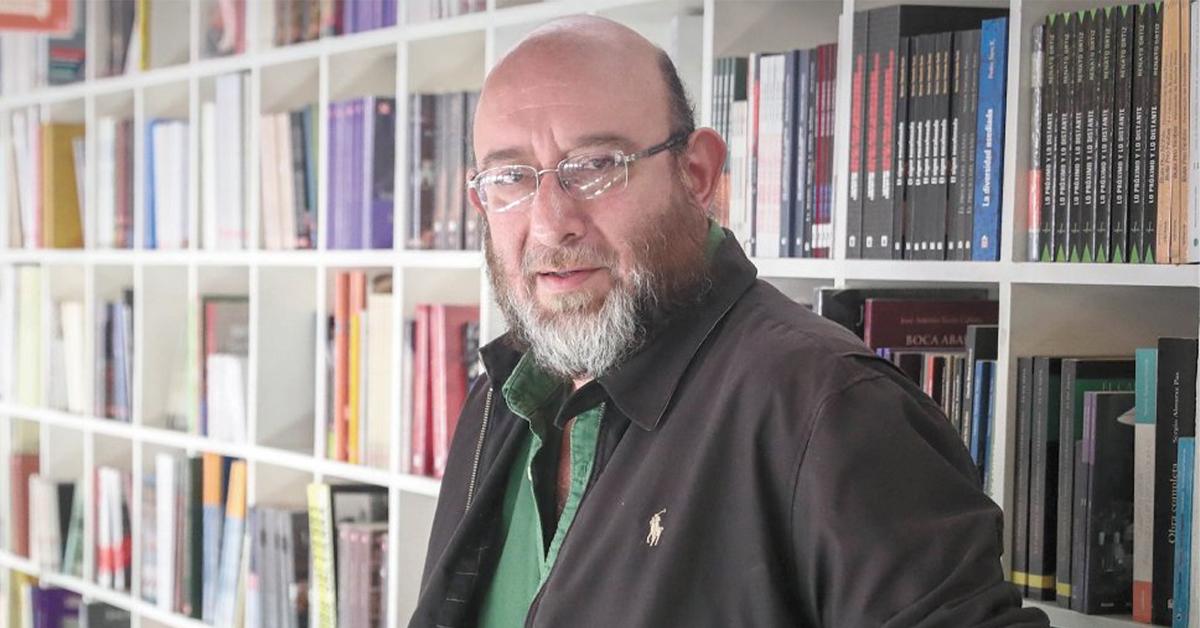 "Por ""Laberinto"", Eduardo Antonio Parra recibe el Premio Colima 2020"